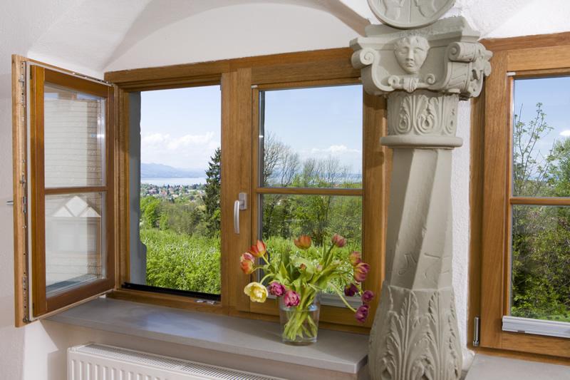 holzfenster richtig behandeln mit kreidezeit stand lfarben oder lasur bioraum. Black Bedroom Furniture Sets. Home Design Ideas